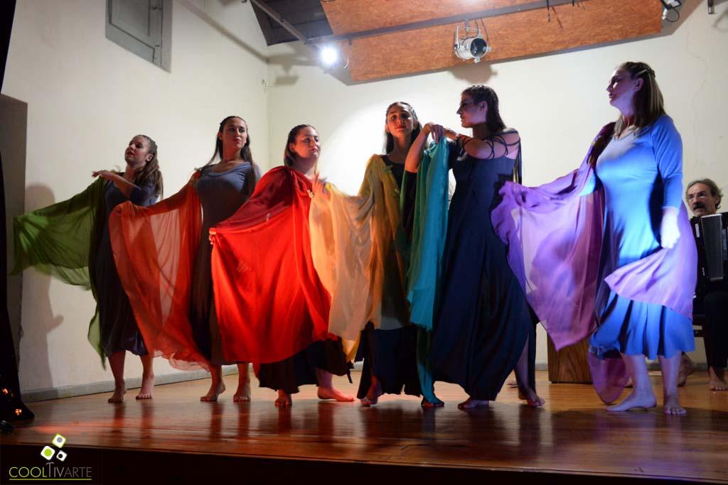 Se llevo a cabo en Museo Casa Quiroga de la ciudad de Salto, la presentación de tres de los grupos teatrales de la ciudad celebrando el Día internacional del teatro. abril 2019 ®Fotos Mayra Cánepa www.cooltivarte.com