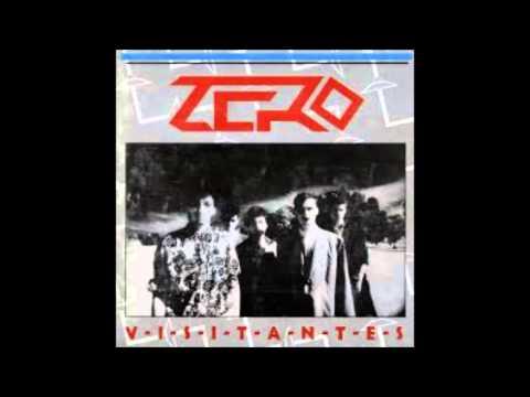"""Zero se formó en 1984, y fue una de las bandas más importantes del Rock Uruguayo post dictadura. La música que ellos hacían en sus principios era Heavy Metal y después se volcaron un estilo más electrónico, lo que algunos llamaban """"música industrial"""" Zero fue parte de la elite de la ensalada rockera """"Graffiti""""."""