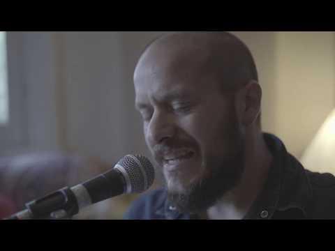 """""""I'm in a Cowboy Band"""" Federico Petersen (guitarra y voz), Verónica Young (guitarra y voz), Federico Eguren (Percusión) & Javier Ifran (Bajo)"""