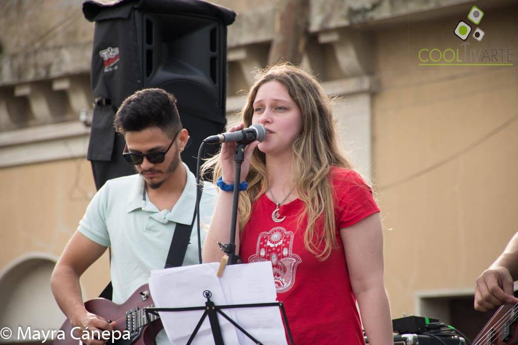 Rotaract Salto toque solidario en la Plaza Artigas de Salto - El frío no nos para- Chamán 23-07-19 -Fotos Mayra Cánepa www cooltivarte com