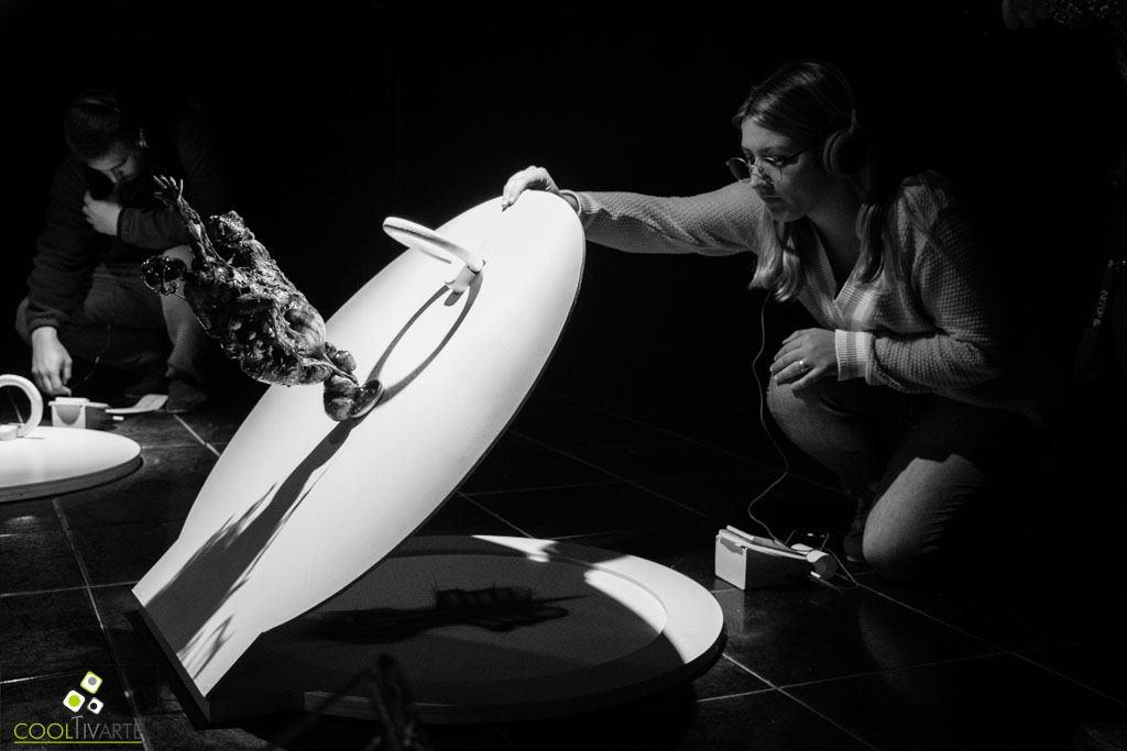 El artista plástico Pablo Sánchez presentó su interactiva muestra llamada Promesas, en Sala El Andén de la ciudad de Salto. Setiembre 2019 - Fotos © Mayra Cánepa www.cooltivarte.com