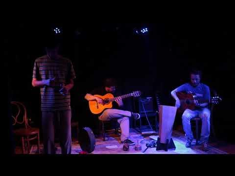 Fernando Cortizo - Guitarra Ernesto Díaz - Guitarra Alessando Podestá- Voz Teatro Ducon - Montevideo 29 de noviembre de 2019.