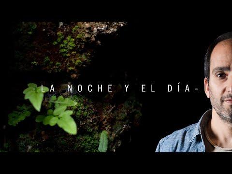 """""""La noche y el día"""" es una canción que habla de las relaciones humanas, de vencidos, de personajes que al caer ya no se levantan , de manos tendidas y del amor muchas veces envuelto en piedra. Kuropa (Diego Kuropatwa) es uno de los cantautores más importantes de este siglo en la música uruguaya. Publicó álbumes con su banda (Kuropa & Cía), a dúo con el legendario Rubén Olivera y también como solista."""