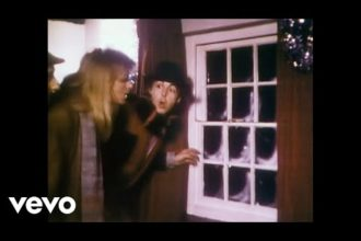 Music video by Paul McCartney performing Wonderful Christmastime. © 1979 MPL Communications Ltd, under exclusive license to Universal Music Enterprises, a Division of UMG Recordings, Inc.