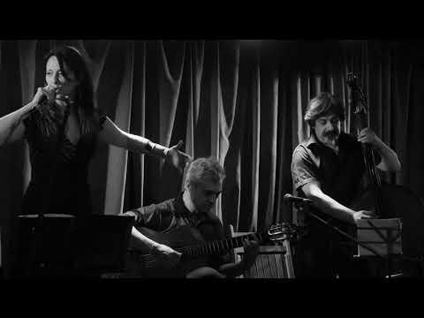 Letra y música: Gabriela Morgare Guitarra: Carlos Gómez Contrabajo: Eduardo Vila Piano: Gustavo Di Landro