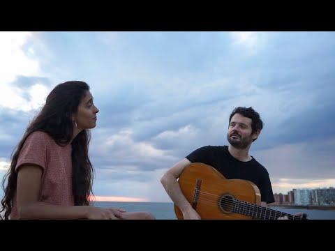 Julian Oroz ft. Inés Errandonea - Febrero en Montevideo