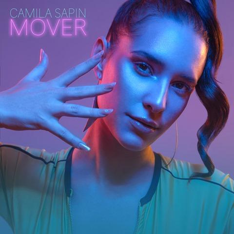 CAMILA SAPIN presenta MOVER - su primer single de estudio