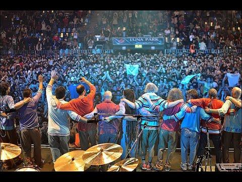 Show realizado en el Estadio Luna Park el 6 de septiembre de 2014 para la presentación del CD El Baile Interior. Es un material inédito sin editar. Un regalo para todos lxs bersuiterxs en cuarentena #QuedateEnCasa Bersuit Vergarabat