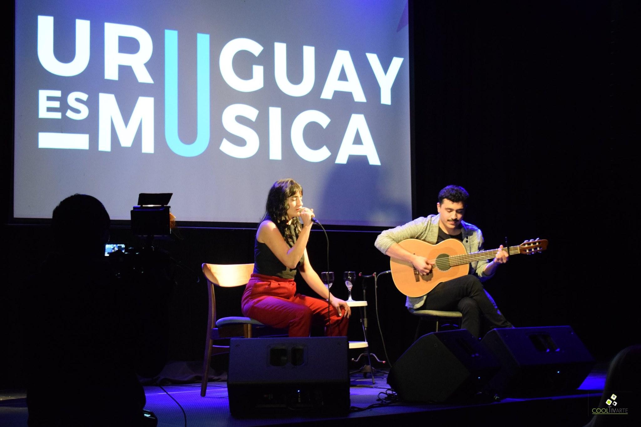 Inauguración de la fase 0 del protocolo presentado por la agrupación Uruguay es Música - Show de Lucía Ferreira - Magnolio Sala - 08-06-2020 - Fotos Claudia Rivero - www.cooltivarte.com
