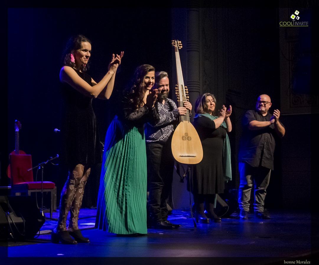 """""""De espinas y flores"""" Carmen Pi y Gustavo Reyna 4/9/2020. junto a invitados especiales - Sala Zitarrosa Foto © Ivonne Morales www.cooltivarte.com"""