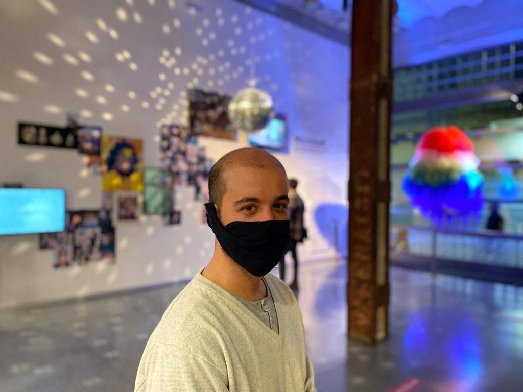 Mirrorball - CCE - setiembre 2020 - Artista Luisho Díaz