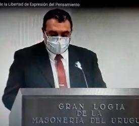 """""""Sobre el sentido de educar"""" gana concurso de ensayo - Profesor Pablo Romero"""