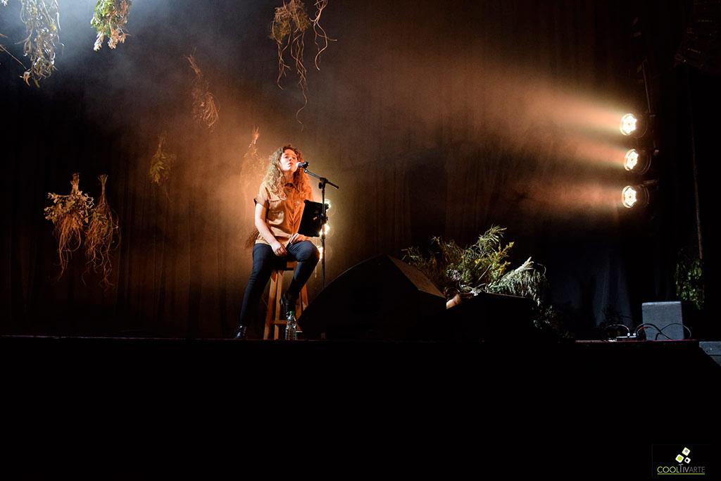Florencia Núñez en La Trastienda - Piano y Voz - 24-09-2020 - Fotos Claudia Rivero - www.cooltivarte.com