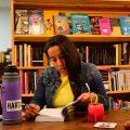persona leyendo libreria karamazov noviembre 2018 foto federico meneses www.cooltivarte.com