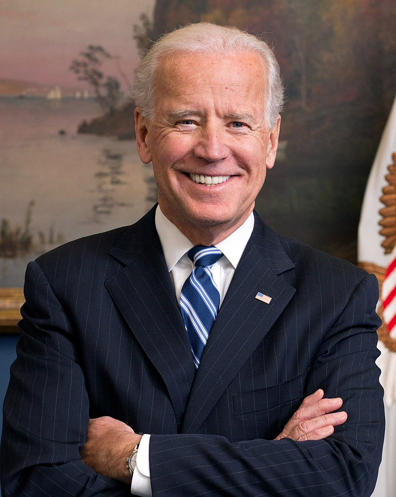 Imagen portada:Cropped official portrait of Vice President Joe Biden in his West Wing Office at the White House, Jan. 10, 2013. (Official White House Photo by David Lienemann)wikipedia.org