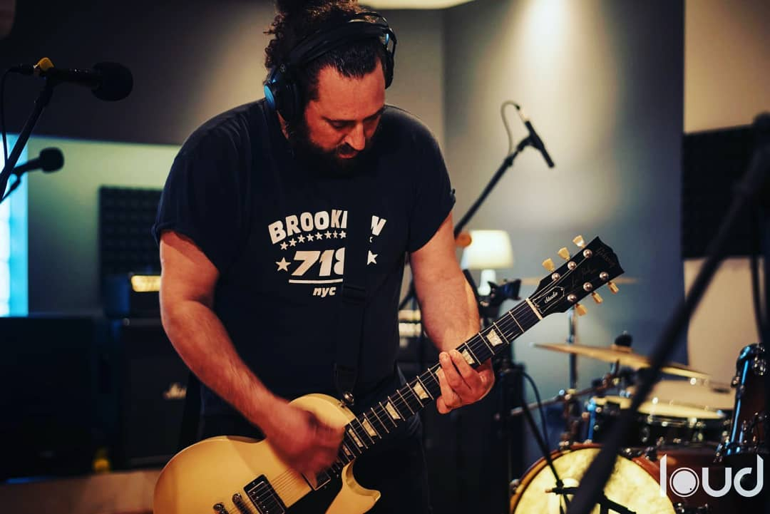 Rodrigo Carbonel de la banda Bulgaria